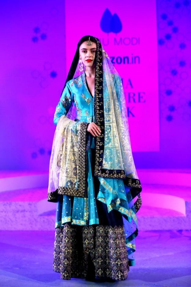 Designer: Anju Modi Image: IBNlive.com